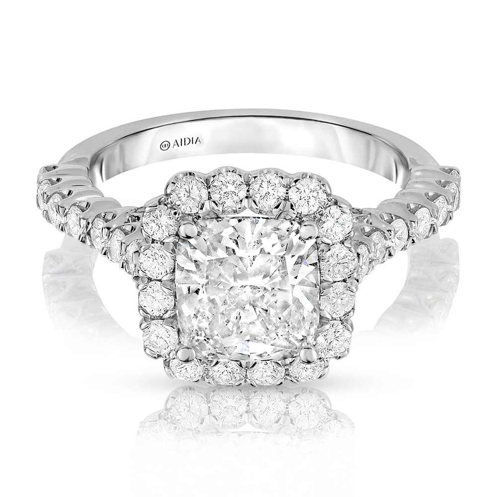 Alyssa's Cushion Cut Halo Lab-Grown Diamond Engagement Ring